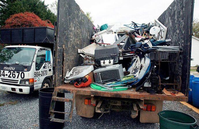 Junk Hauling-Augusta Dumpster Rental & Junk Removal Services-We Offer Residential and Commercial Dumpster Removal Services, Portable Toilet Services, Dumpster Rentals, Bulk Trash, Demolition Removal, Junk Hauling, Rubbish Removal, Waste Containers, Debris Removal, 20 & 30 Yard Container Rentals, and much more!